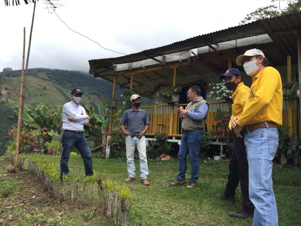 Director de la CARDER propone la creación de la marca de café Bosque Modelo para el Mundo